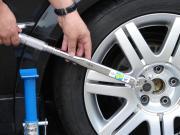 uniTEC Drehmomentschlüssel Antrieb: 1/2 28-210 Nm mit Nüssen, Verlängerung